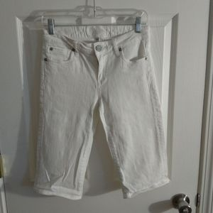 Kut from the Kloth white Capri jeans size 2